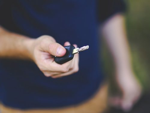 Apple déploie la fonction «CarKey» d'iOS, une nouvelle «clé numérique» pour votre voiture
